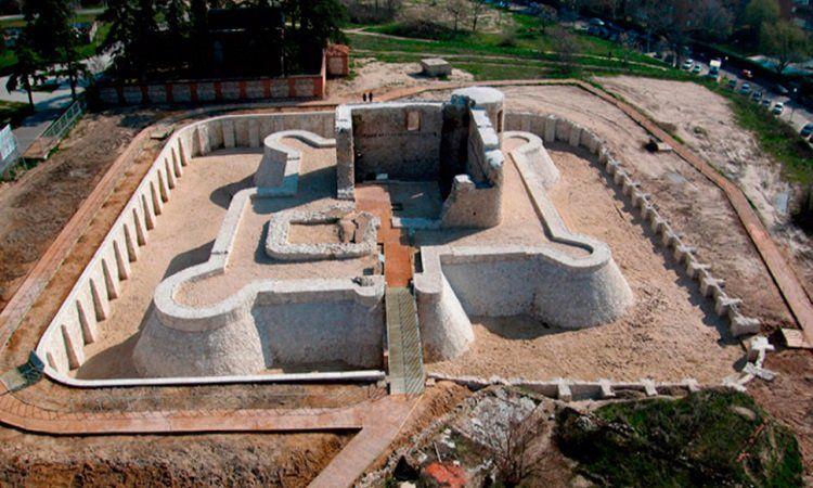 Castillo de Barajas (Madrid)
