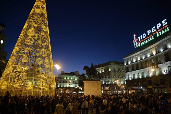 En Navidades, la afluencia de visitantes al distrito es masiva.