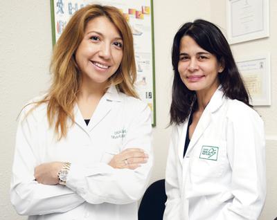Gloria, la directora del centro médico del distrito de Barajas, y la Dra. Rosana Rodríguez nos explican en qué consiste la depilación con láser de diodo.