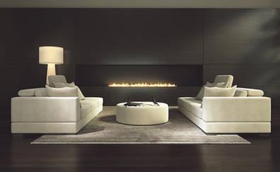 Otoño de sofá, chimenea y mantita
