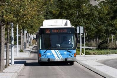 Aumenta la frecuencia del bus de Valdebebas