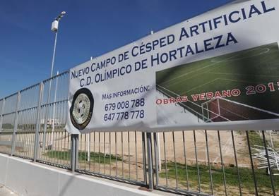El Olímpico de Hortaleza pone hierba artificial
