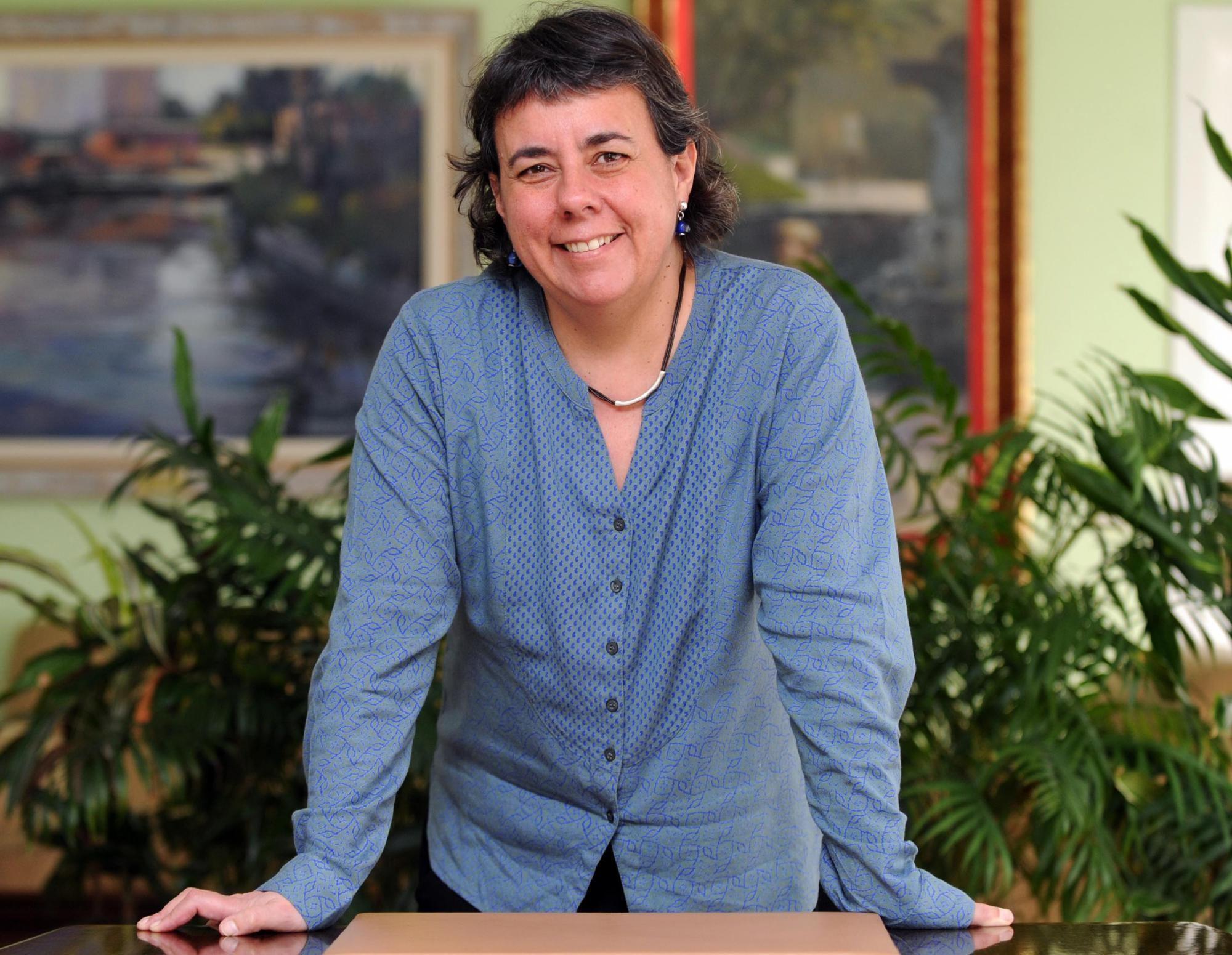 Marta Gómez, en su despacho en la Junta de Barajas.