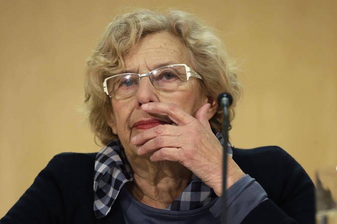 Manuela Carmena ha dado una rueda de prensa para mostrar su postura ante la polémica representación.