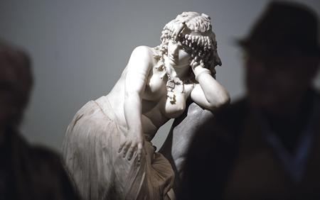 La exposición supone la resurrección del mito y una oportunidad para descubrir a Cleopatra como figura de un complicado momento histórico.