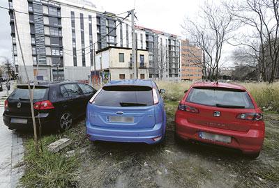 La urbanización de esta zona contempla la creación de aparcamientos.
