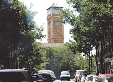 Las instalaciones de las antiguas Escuelas Aguirre albergan, desde 2006, la Casa Árabe, educación gratuita, de origen filantrópico