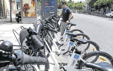 Tres nuevas estaciones de bicis