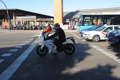 La oposición municipal se sube a la moto