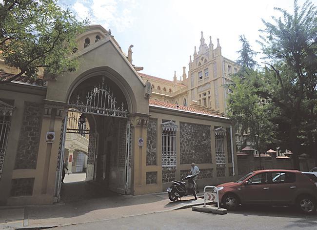 ¿CÓMO LLEGAR? Velázquez, Lista o Núñez de Balboa serían las estaciones de Metro más cercanas al 56 de Castelló, si bien los autobuses 29 o 52 de la EMT tienen paradas más próximas.