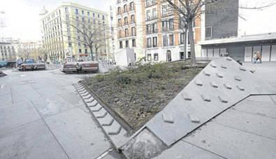 La Junta pide un lavado de cara para la plaza de Dalí