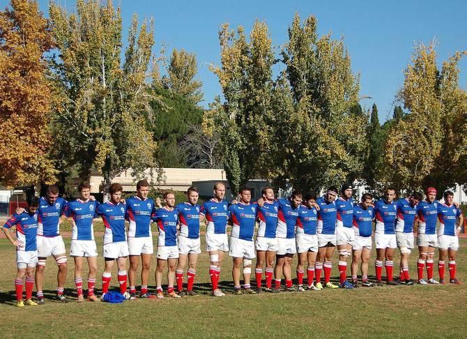 Los jugadores de rugby del Liceo también tuvieron un minuto de silencio.