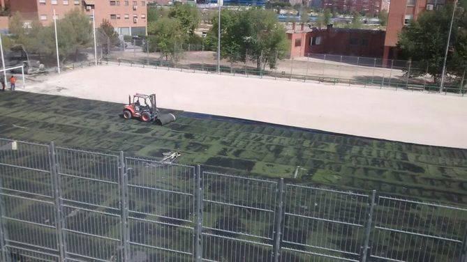 El Spartac de Manoteras ya tiene hierba artificial