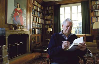 Mario Vargas Llosa ha publicado este mes su nueva novela `Cinco esquinas´