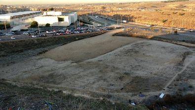 Pacela en la que se construirá el IES Montecarmelo.