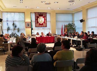El último pleno ordinario de la Junta de Hortaleza se celebró el 10 de abril