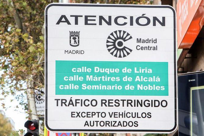 Un error con los horarios obliga a Madrid Central a retirar las multas de un mes.