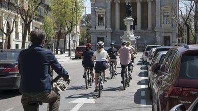 La Policía Municipal vigilará por el cumplimiento de la normativa de Movilidad en el uso de la bicicleta por la ciudad de Madrid.