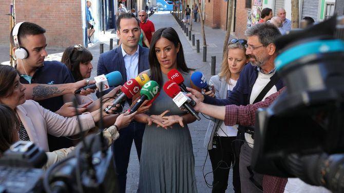 Begoña Villacís visitó Tetuán, junto a Ignacio Aguado, desde donde habló sobre la próxima instalación de cámaras de seguridad.