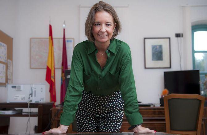La concejala Cayetana Hernandez de la Riva (PP), presidenta de la Junta Municipal de Arganzuela, recibe a Gacetas Locales en su despacho de la Casa del Reloj.