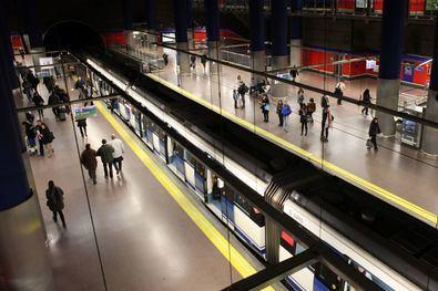 El Metro trasnochará los fines de semana