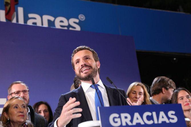 Pablo Casado, en la noche electoral. El PP sacó más del 40% de los votos en el distrito de Salamanca