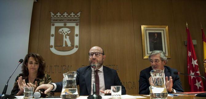 El popular José Fernández presidió las dos sesiones del Pleno de la Junta: constitución y presupuestos.