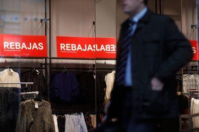 La campaña de rebajas generará un aumento en el número de  contratos en Madrid, según las previsiones.
