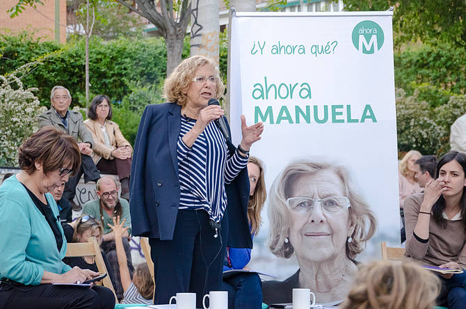 Manuela Carmena, en la campaña electoral de 2015.
