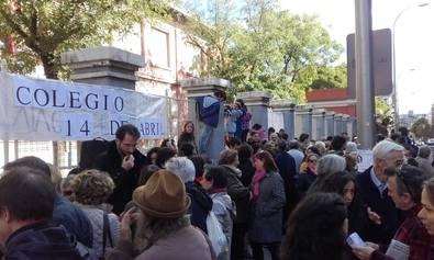 Un colectivo pide el cambio de nombre del colegio Calvo Sotelo