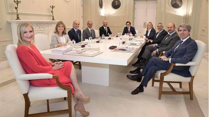 Primer Consejo de Gobierno tras la remodelación del ejecutivo regional.