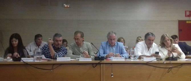 La declaración de Puigdemont en el Parlament provocó que, por unos momentos, la atención se fuese hacia Barcelona.