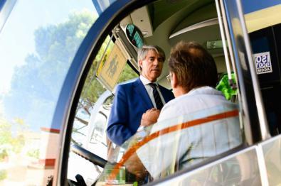 500 autobuses de transporte escolar, a inspección