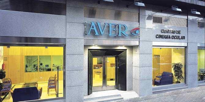 En Clínica AVER, se realizan cirugías de última generación para el tratamiento de la catarata y vista cansada, con precios ajustados y facilidades de pago.