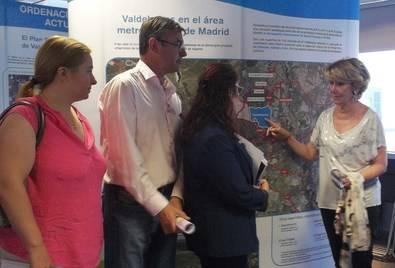 Esperanza Aguirre visitó Hortaleza