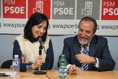 Socialistas y vecinos rinden homenaje a Eugenio Morales