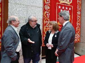 De izquierda a derecha, Emilio Gutiérrez Caba, Álex de la Iglesia, Carmen Maura y Ángel Garrido.