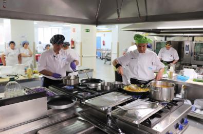 El Hospital del Tajo gana el tercer concurso de cocina hospitalaria navideña de la Comunidad