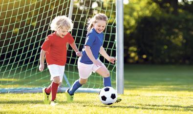 Cómo elegir entre deportes de equipo o individuales