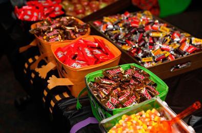 El Hospital Universitario HM Sanchinarro alerta sobre el peligro de los dulces de Halloween