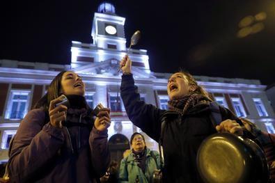 Madrid se tiñe de morado por el #8M