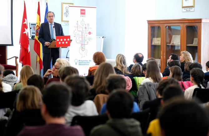 Acto conmemorativo de la Carta Magna, en el IES Ramiro de Maeztu