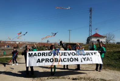 Cometas al cielo en Fuencarral por Madrid Nuevo Norte
