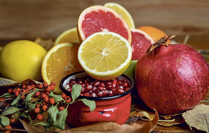 Consejos para disfrutar de la mesa en Navidad, sin pasarnos de calorías
