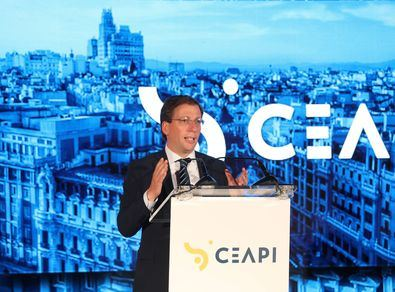 El alcalde de Madrid defendió el papel de la capital como puerta de entrada.