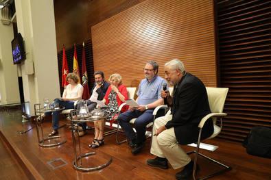 Aluche deberá prescindir de su Centro de Internamiento de Extranjeros