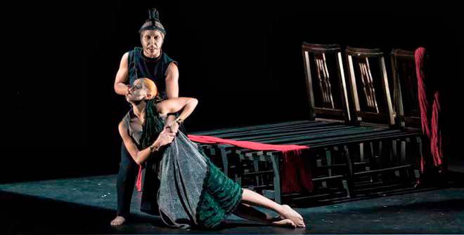 'Dead Hamlet': la ambición y el poder en movimiento