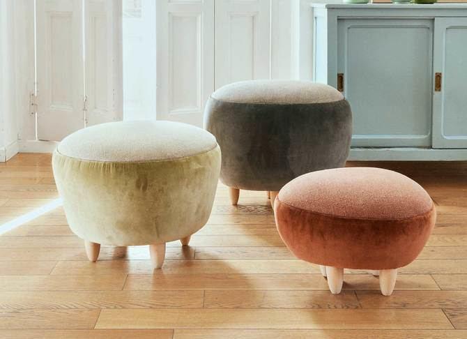 La firmanacional, en la exquisita colección 'Pebbles' de 'puffs', pone en valor la tela de Gancedo, creando unas piezas contemporáneas y únicas.