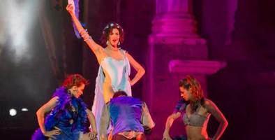 'La bella Helena', la guerra de Troya 'sui generis'
