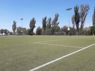 Los campos de fútbol vuelven a los clubes de barrio